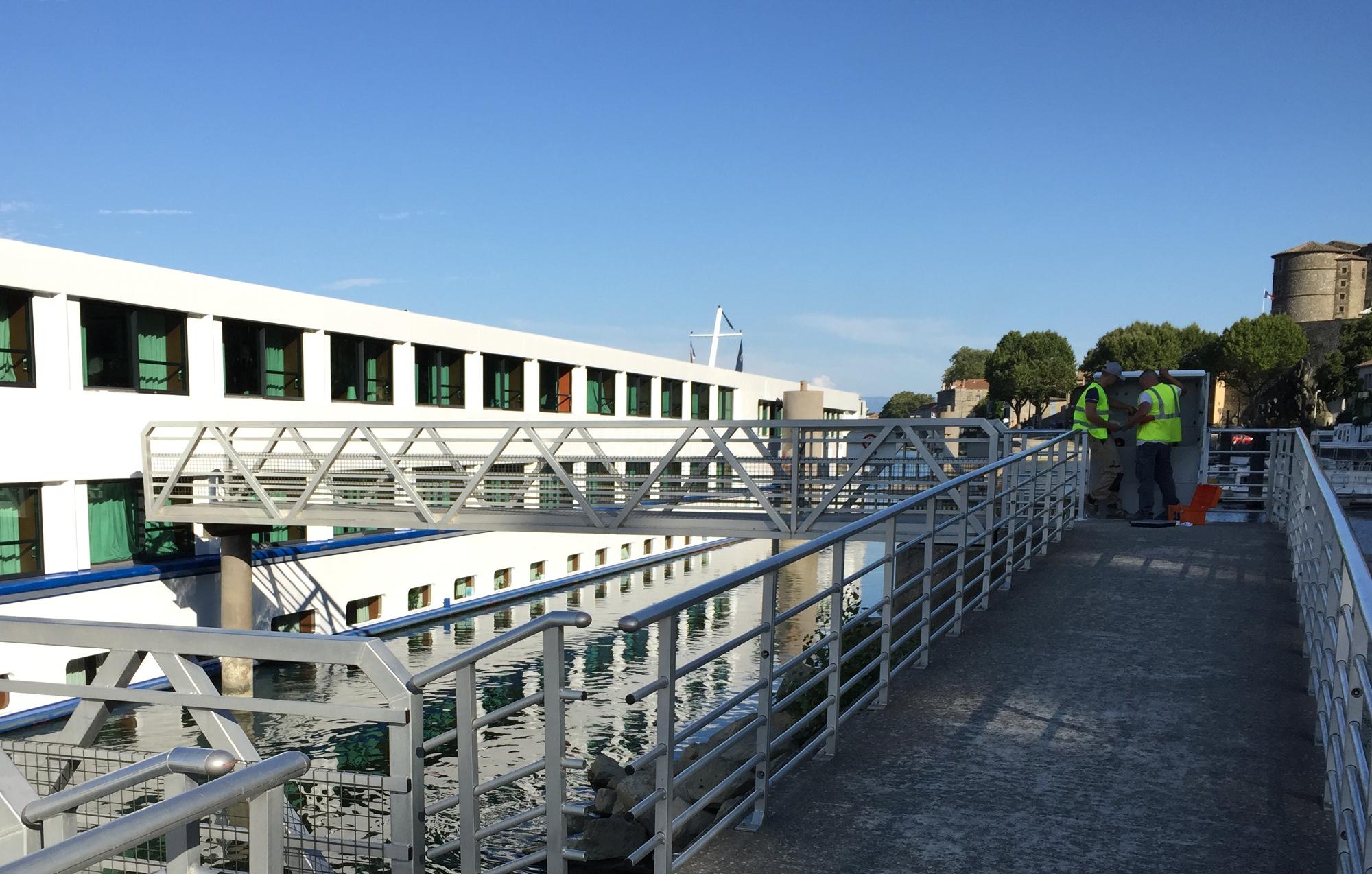 borne electrique bateau fluvial 2